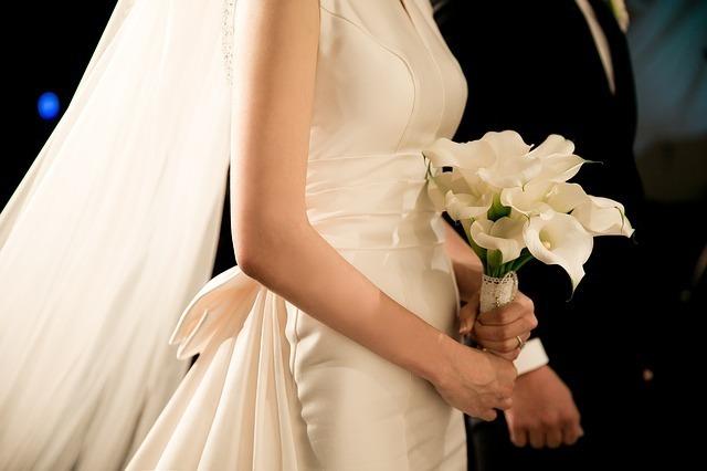 wedding-2207211_640.jpg
