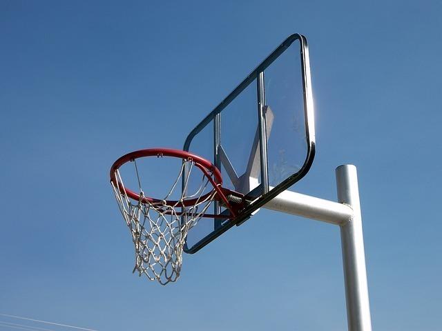 basketball-hoop-536992_640.jpg